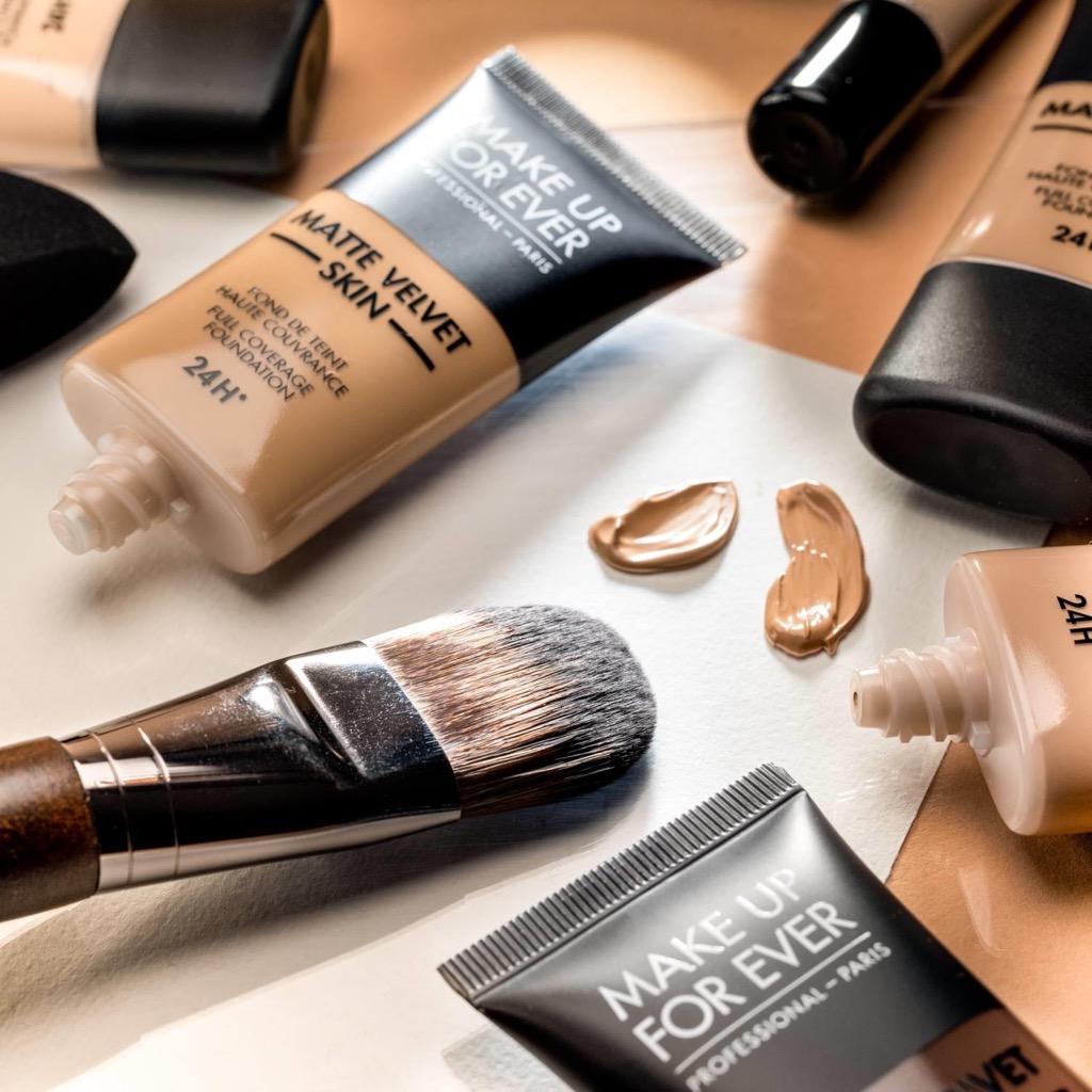 Kem nen MAKE UP FOR EVER Matte Velvet Skin Full Coverage Foundation4 SIRO Cosmetic
