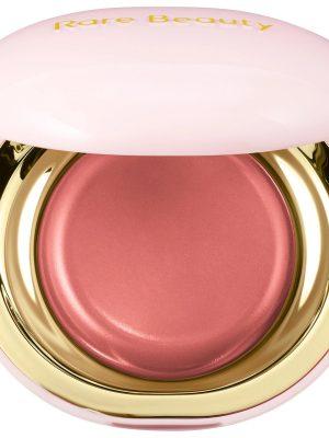 Phấn má hồng dạng kem Vẻ đẹp hiếm có của ca sĩ Selena Gomez