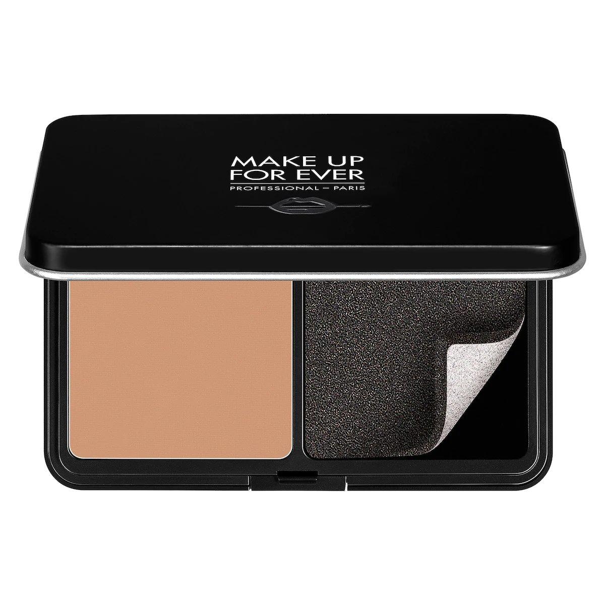 Phấn nền Matte Velvet Skin Blurring Powder Foundation của MAKE UP FOR EVER