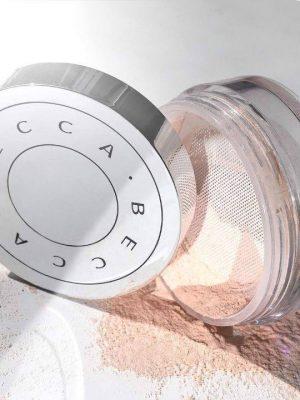 Phấn phủ Hydra-Mist của thương hiệu BECCA Cosmetics1